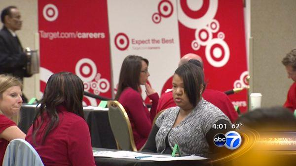 Target to hire 300 for Loop store