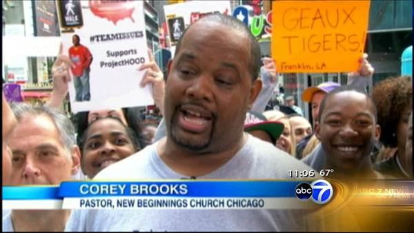 Chicago rooftop pastor begins walk across country