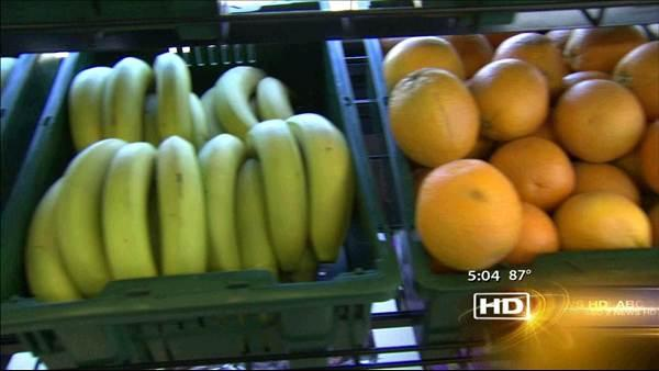 Vendors delivering fresh produce to underserved areas