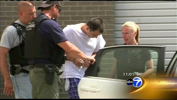 Escapee caught fleeing to wife's NW Side home