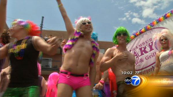 Thousands celebrate gay pride at parade