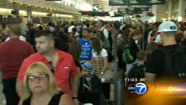 Airlines scramble after Midway power outage