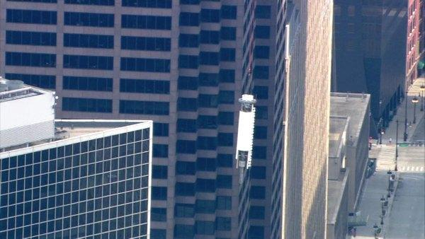 Full Video: ABC7 antenna taken down from Willis Tower