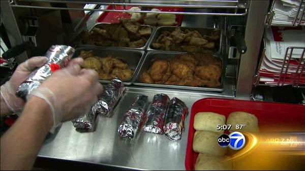 Chicago Chick-fil-A owner wants to meet with Mayor Emanuel