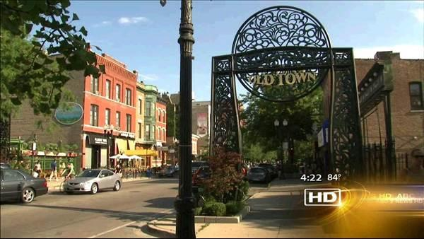 Second City offers humorous tour of Old Town neighborhood