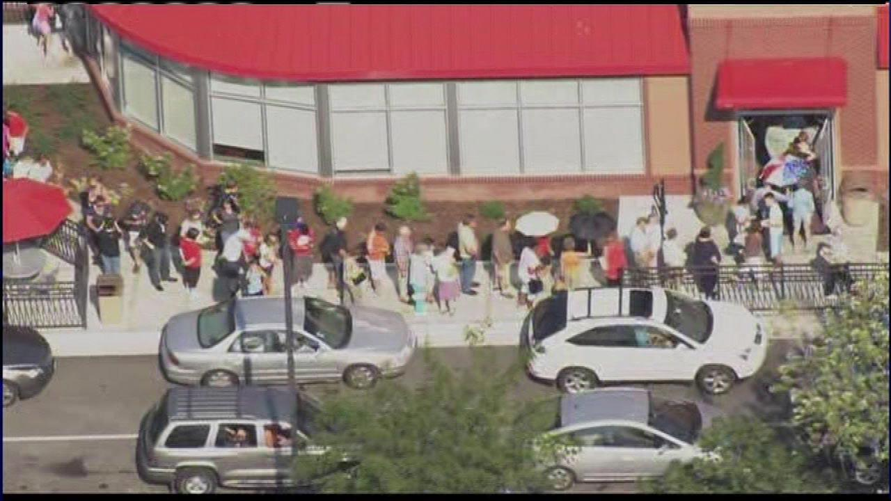 Throngs of people lined up outside the Chick-Fil-A in Schaumburg on Wednesday, August 1, 2012. <b><a hrefhttp://abclocal.go.com/wls/story?sectionnews/local&id8758263>Read more</a></b>
