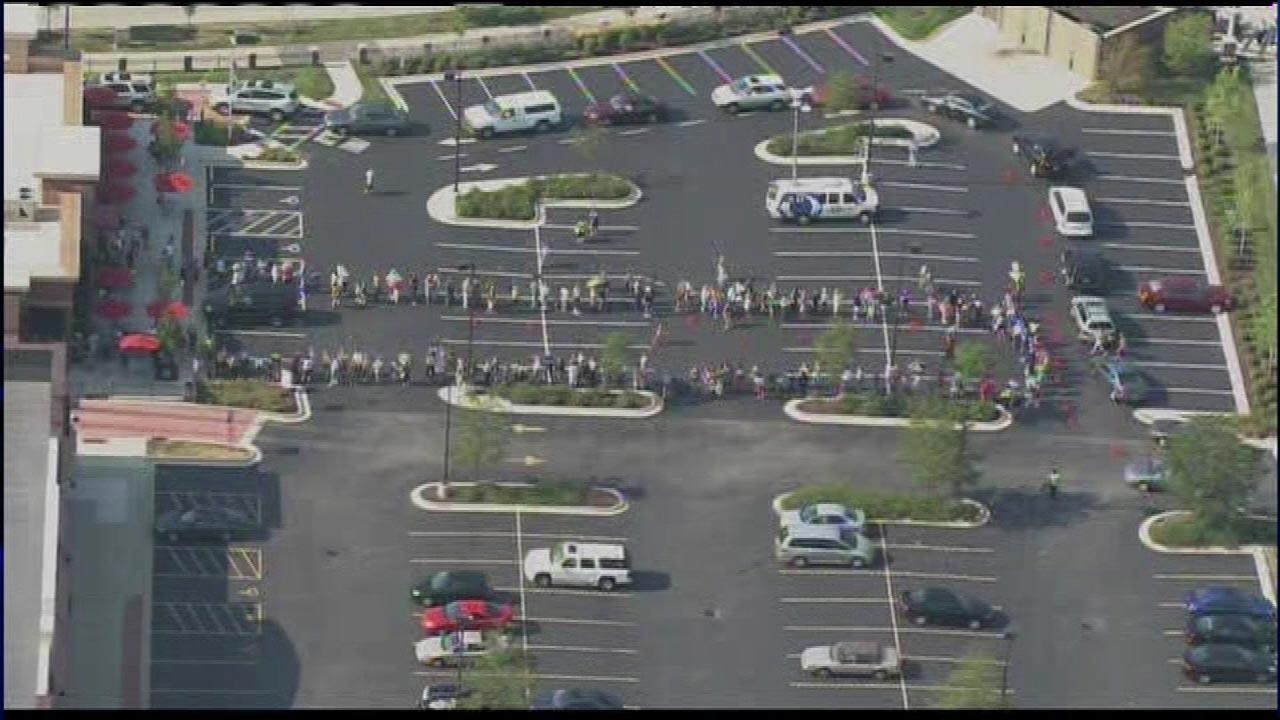 Throngs of people lined up outside the Chick-Fil-A in Orland Park on Wednesday, August 1, 2012. <b><a hrefhttp://abclocal.go.com/wls/story?sectionnews/local&id8758263>Read more</a></b>
