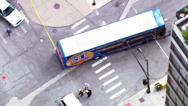 Megabus hits pedestrian in Chicago's West Loop
