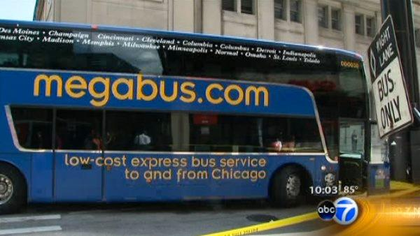 Pedestrian hit by Megabus in West Loop dies