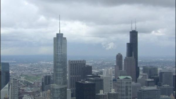 Time-lapse: Clouds over Chicago's skyline