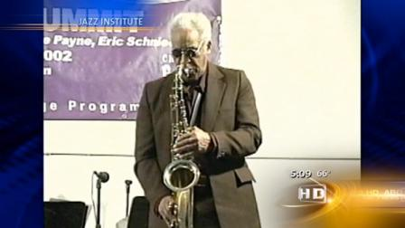The Chicago music scene lost a legend when saxophonist Von Freeman died at the age of 88.