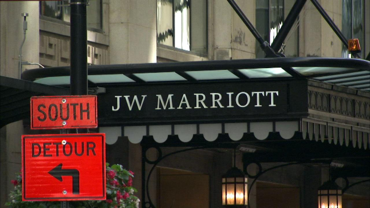 Family sues Chicago hotel after Legionnaire's death