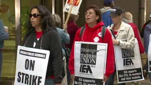 Teachers union to vote on possibly ending strike
