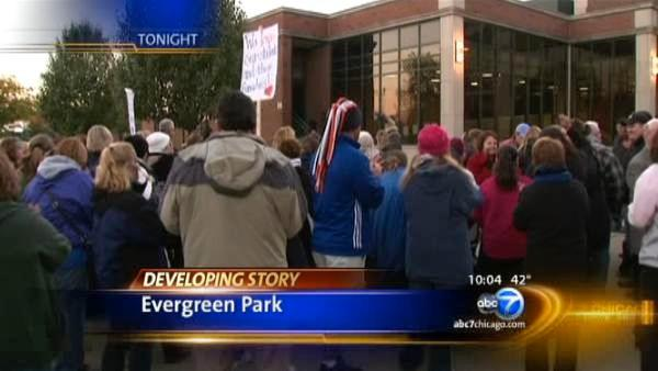 Talk continue in Evergreen Park teachers strike