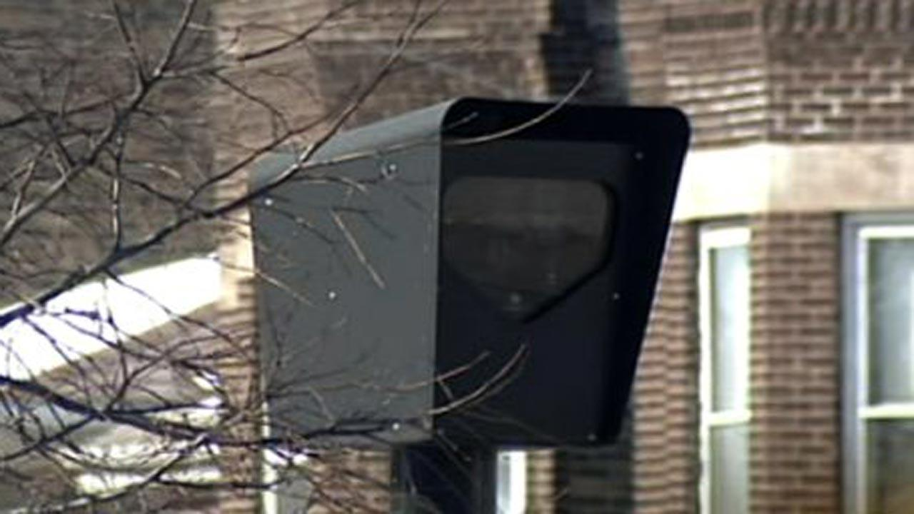 Red light cameras being removed from 18 intersections in Chicago