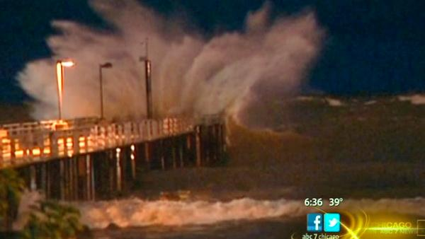 Superstorm Sandy spurs dangerous conditions at Ind. lakeshore