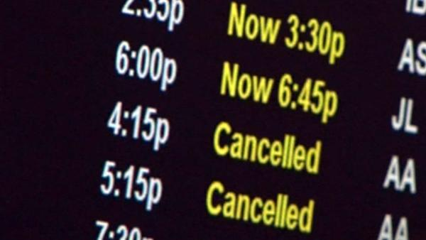 Almost 600 Chicago flights canceled, thanks to Sandy
