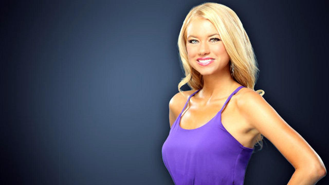 Kelly Age: 28 Occupation: Cruise Ship Entertainer Hometown: Nashville, TN