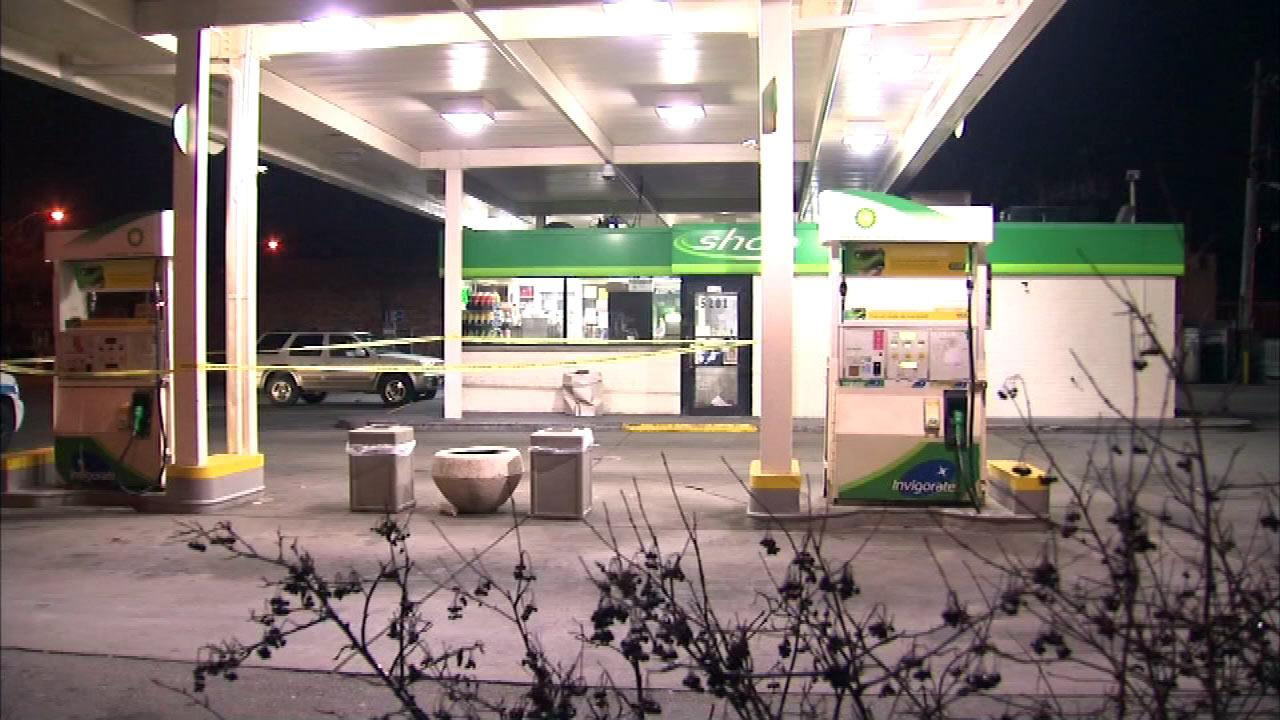 A man died after he was shot at a gas station in the 5200-block of West Jackson and found along the inbound Eisenhower Expressway, early Monday, January 14, 2013.