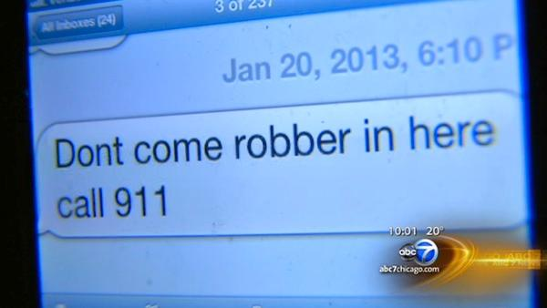 Teen helps thwart restaurant robbery