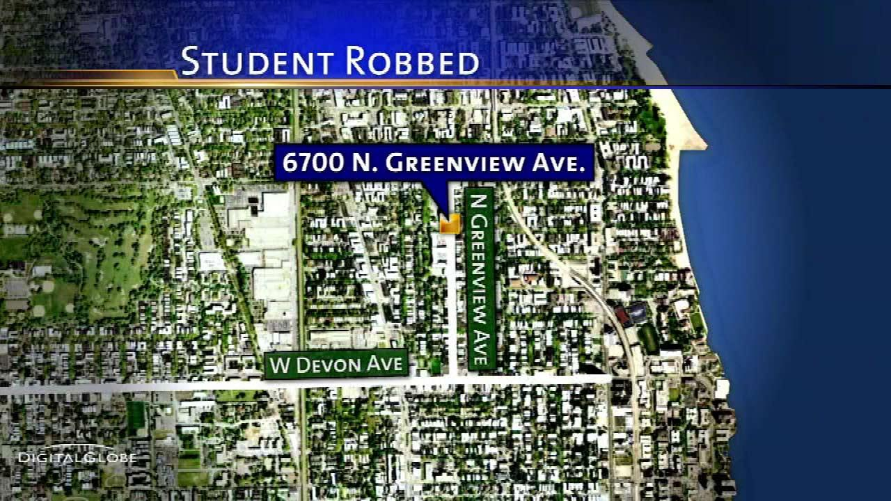 Loyola student robbed at gunpoint