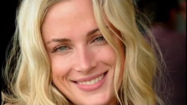 Oscar Pistorius, double-amputee Olympian, charged in girlfriend death
