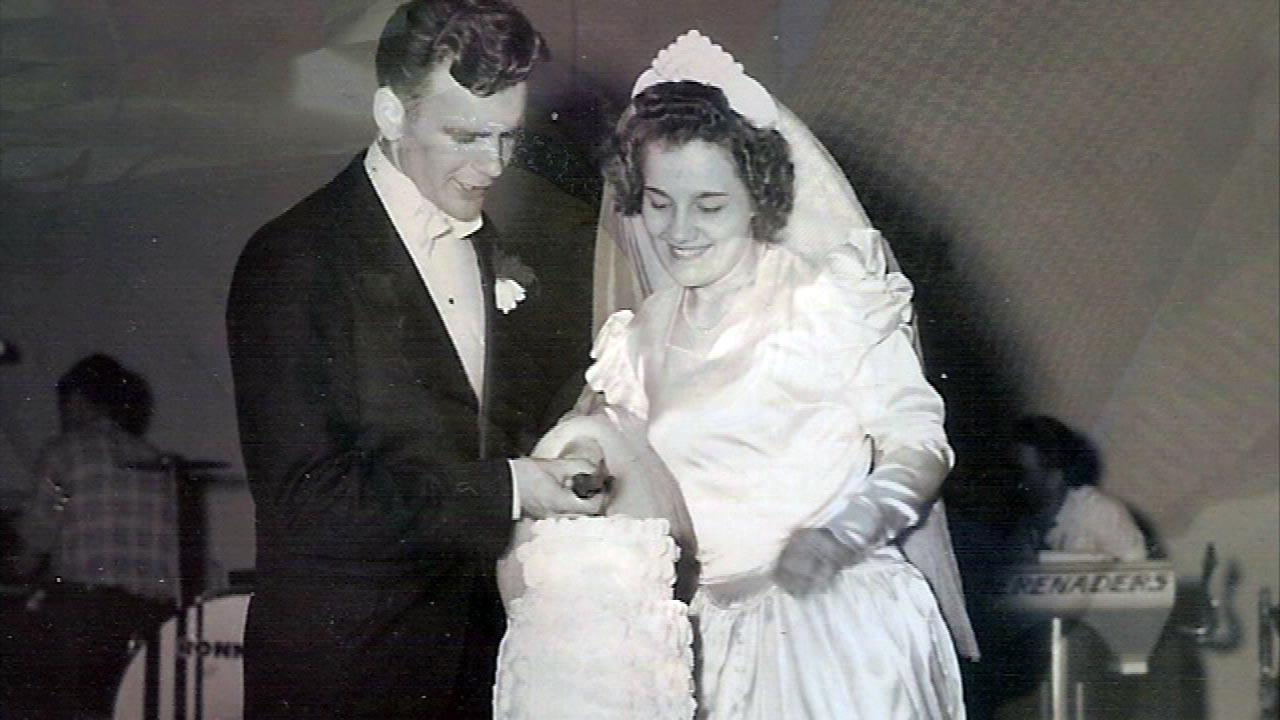 Couple married 66 years met at Michigan Avenue Bridge