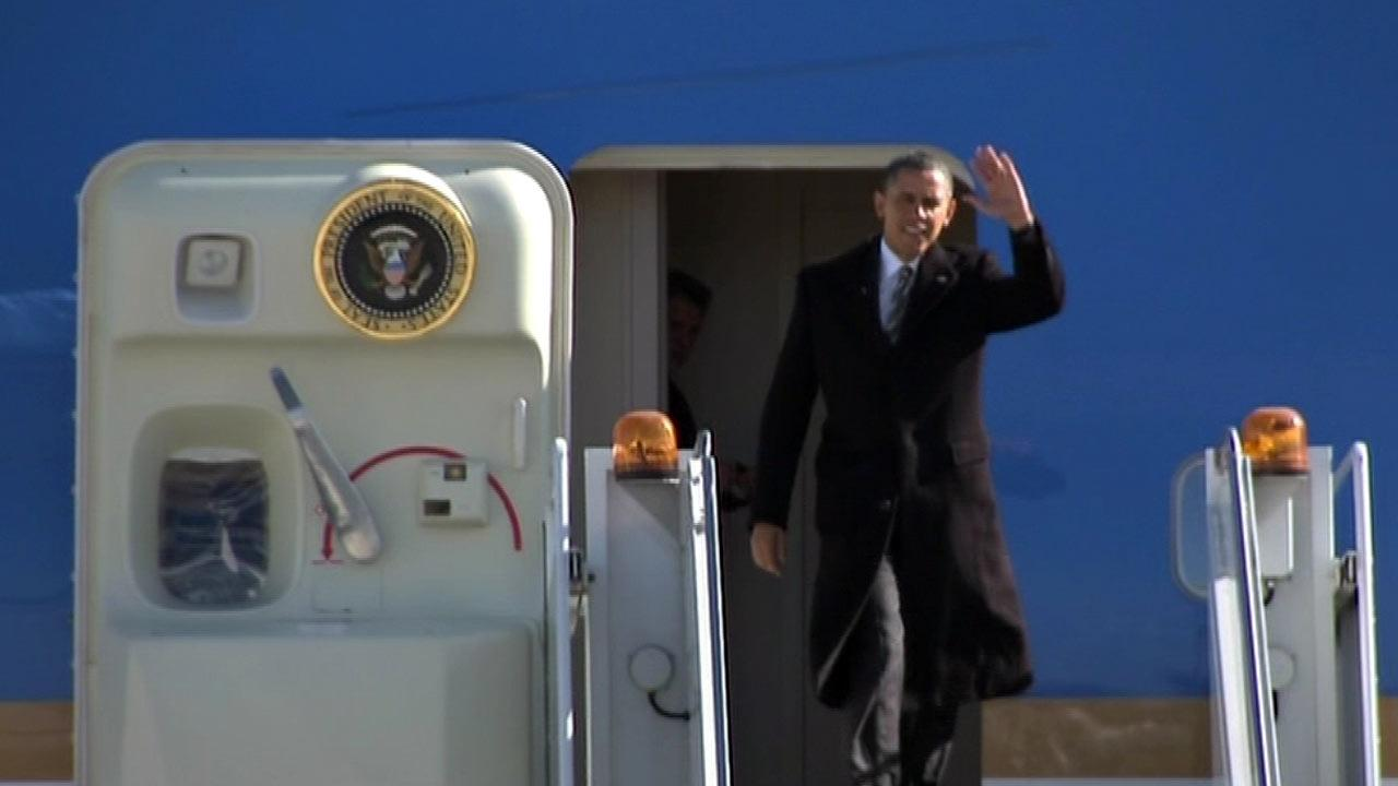 President Obama steps off Air Force One at OHare Airport in Chicago, February 15, 2013.