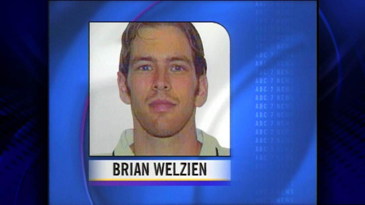 Brian Welzien- last seen 1/1/00, found washed up at Lake Street Beach in Gary, Indiana. 21 year old Northern IL University finance major. Went back to hotel with friends after partying and never came up to the room.