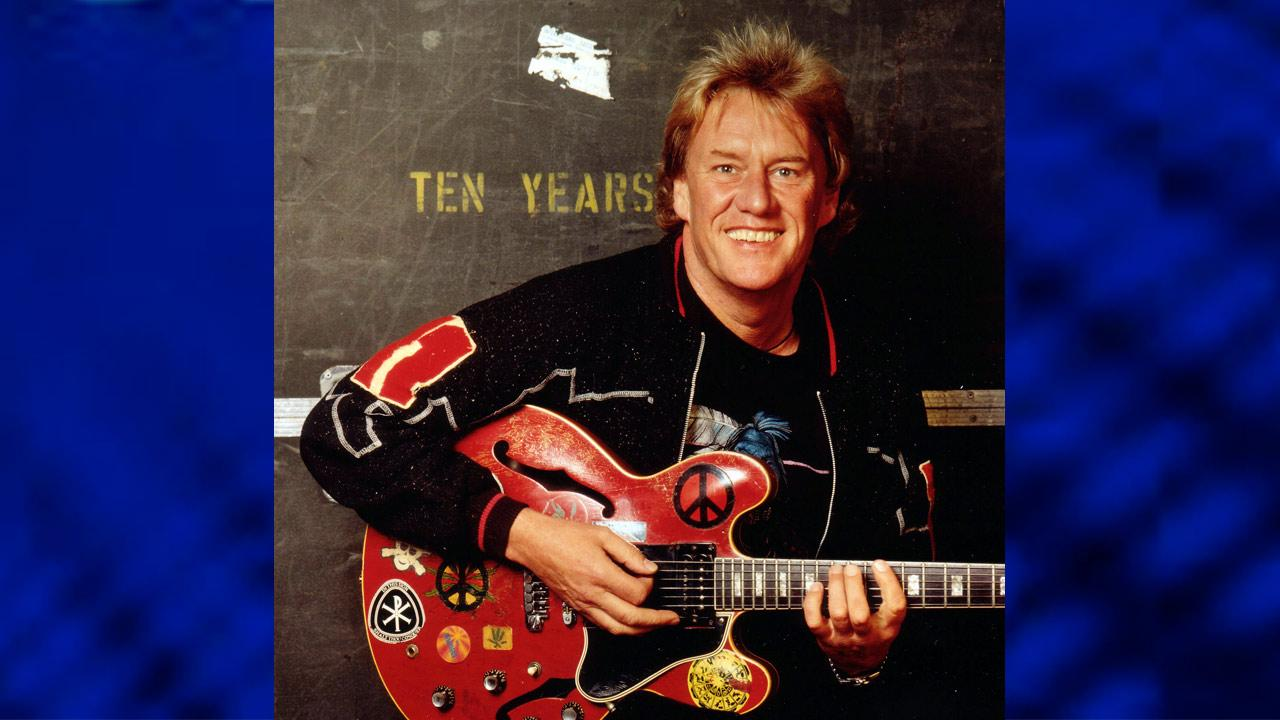 This undated publicity photo provided by Ron Rainey shows British rock guitarist Alvin Lee. Lee, founder of the band Ten Years After who burst to stardom with a memorable Woodstock performance, died Wednesday, March 6, 2013. He was 68. (AP Photo/Courtesy Ron Rainey)