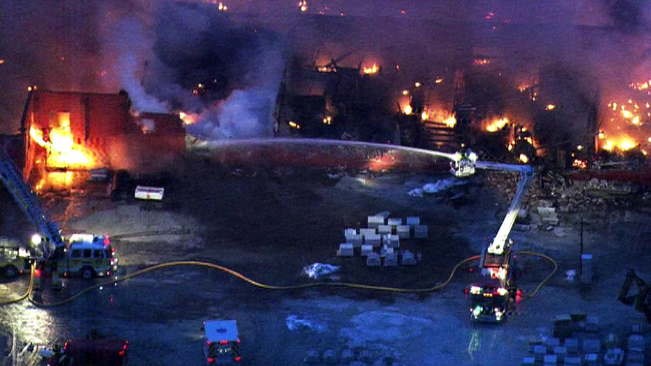Coal City fire destroys warehouse
