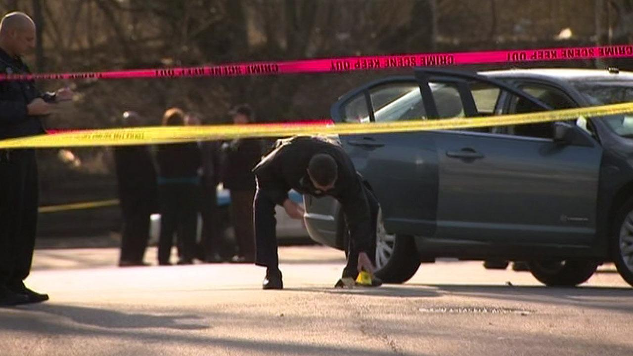 Teen shot by Chicago police on Far Southeast Side near 93rd and Chappel