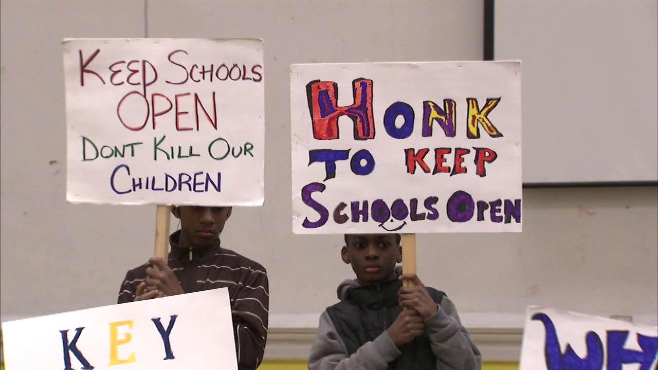 CPS school closings community meetings held Saturday