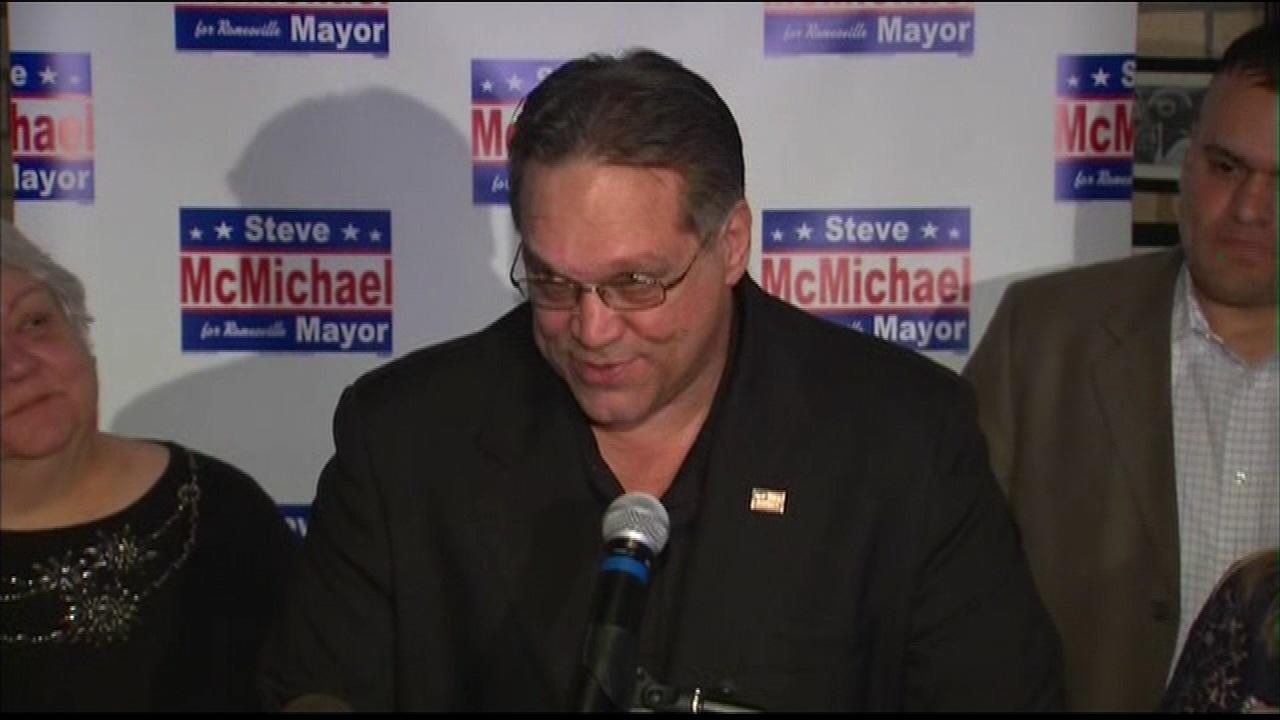 Former Bear Steve McMichael loses race for Romeoville mayor, John Noak declares victory