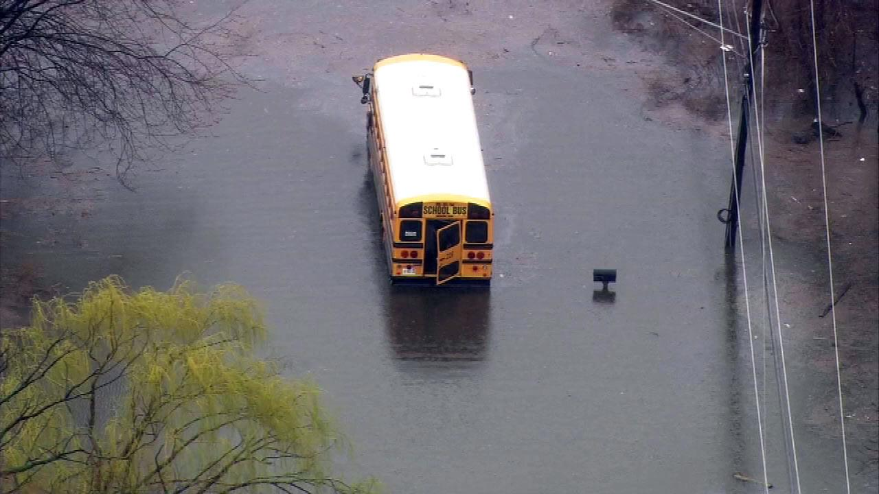 A school bus stalled at 158th between East End and Greenwood streets in Dolton.