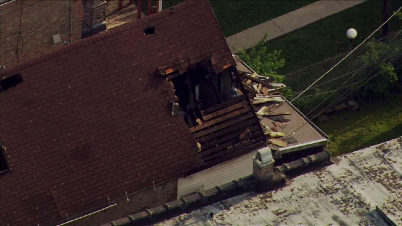 Lightning strikes hole in roof, 27th and Central Park Chopper 7 HD