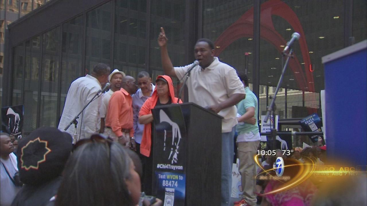 Chicago holds Trayvon Martin rally