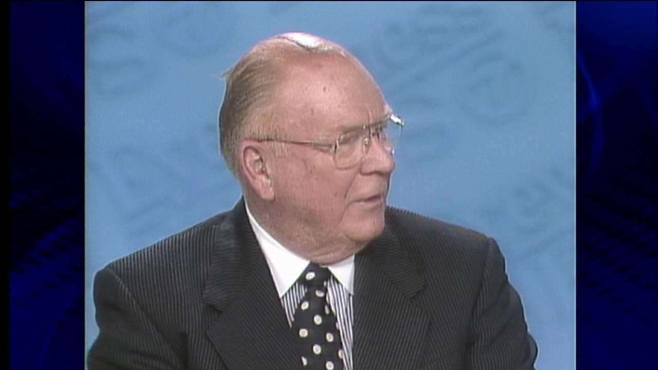 Hugh Hill retires, 1996