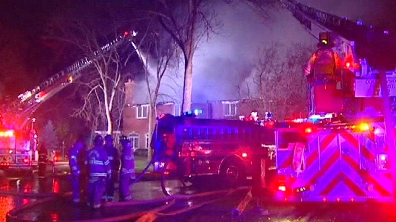 Lake Forest fire destroys mansion on Keswick