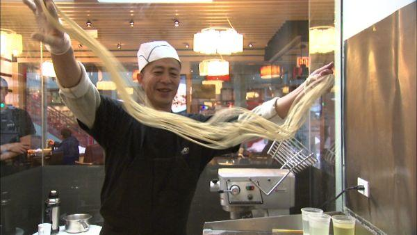 Sing's boasts Chicago's only hand-pulled noodle chef
