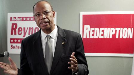 [FILE] Convicted former Congressman Mel Reynolds at a news conference Wednesday, Nov. 28, 2012, in Chicago.
