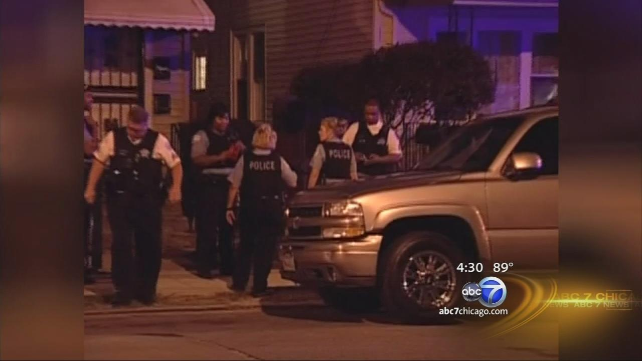 Chain saw attack injures Chicago man; neighbor suspected