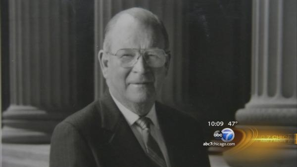 Hugh Hill, former ABC7 Chicago political news editor, dies at 89