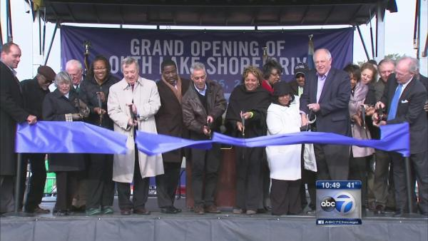 Lake Shore Drive extension celebrated with South Shore ribbon-cutting