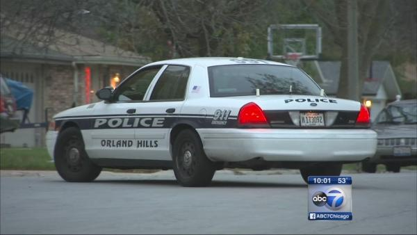 Police searching for 2 men in Orland Hills attempted abduction