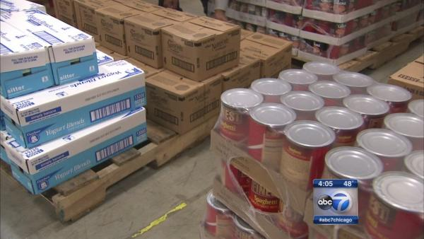 Food stamps deadline puts pressure on Cook Co. churches, food banks