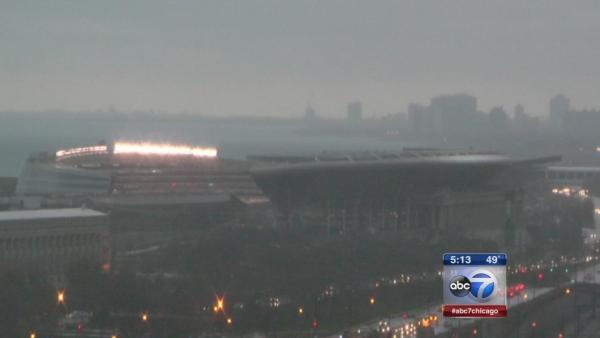 Severe weather delays Bears game at Soldier Field
