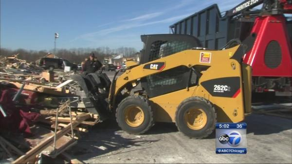 Heavy equipment brought to aid Washington cleanup