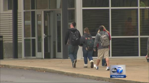 Washington, Ill. students return to class