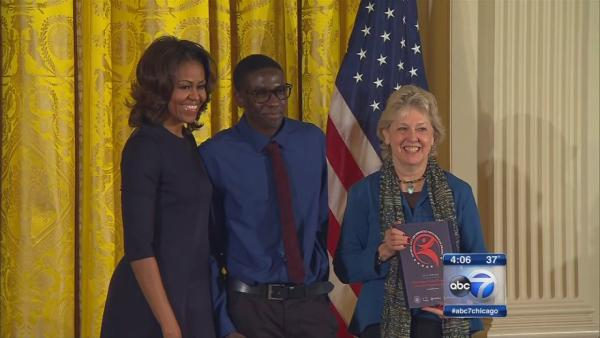 Michelle Obama honors young Chicago actors